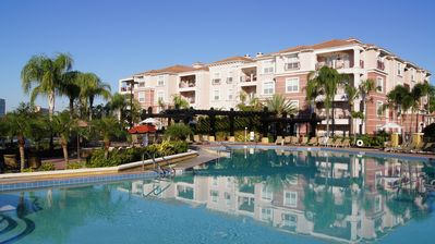3 BR Condos at Vista Cay Resort of Orlando by Rent Sunny Florida