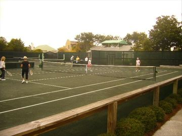 6 Championship clay tennis courts and USPTA pro on staff
