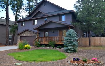 Flagstaff cabin rental - The Mountain Solace Lodge in the springtime