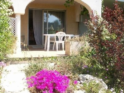 -Large And comfortable beach front studio by the sea, with swimming pool