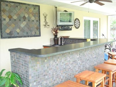 Lanai-entertaining back of house--Wet bar with TV, gas grill, charcoal grill -