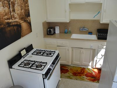 Mission Beach apartment rental - Well equipped kitchen
