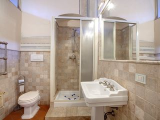 Twin Bedroom bathroom - Historic Center apartment vacation rental photo
