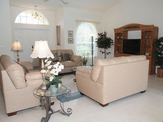 Briarwood Naples house photo - cozy livingroom areaa