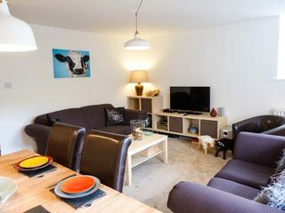 5 the granary family friendly with a garden in kendal ref 904994