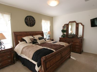 1st king master suite