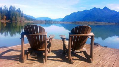 Lake Quinault Vacation Home/Best View on the Lake! (20% off Jan-Feb)
