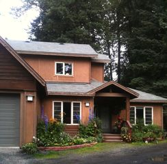Girdwood house photo - Front view - summer