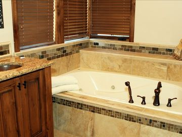 Big jacuzzi bath tub.....