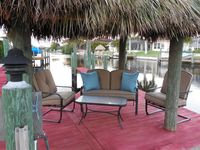 Direct Gulf Access, Excellent Location, Solar Heated Pool, Tiki Hut, WiFi