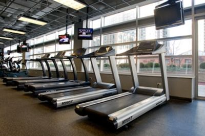 Chicago condo rental - State of the art Fitness Center