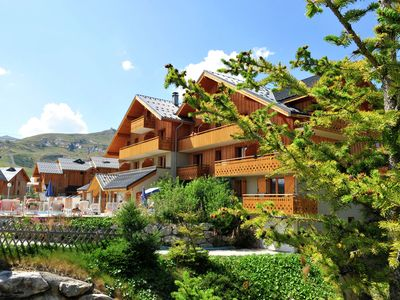 2-4 Pers. Apartment in a complex on the Piste by the ski lift.