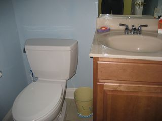 Wildwood Crest condo photo - Hall Bathroom