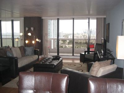 Spacious Living Room overlooking Biscayne Bay and Pace Park