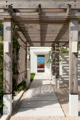 Providenciales - Provo villa photo - Dramatic Entrance