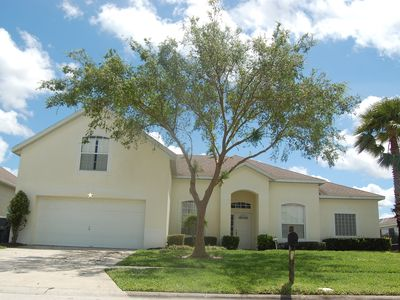 Hampton Lakes villa rental - Front View