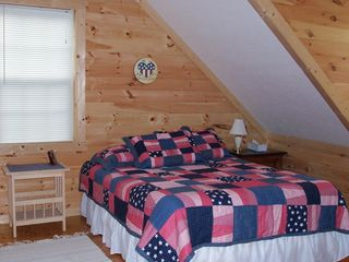 Townsend cabin photo - Upstairs Bedroom