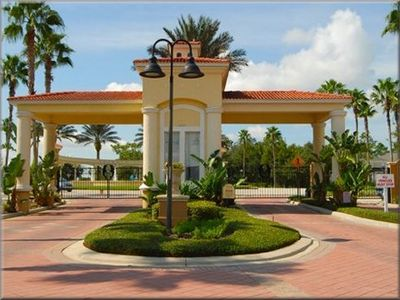 Orlando villa rental - 24-hour Man-Guarded Entrance