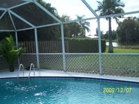 On-The-Lake, Private Pool, Safe And Quiet Vacation Retreat In Sunny SW Florida