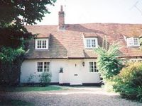 4 star rated 15th century beamed cottage
