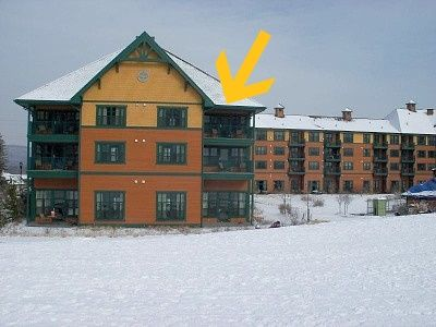 Bright-Top Floor-MT. View End Unit  Next To The Red Tail Lodge & Action Park