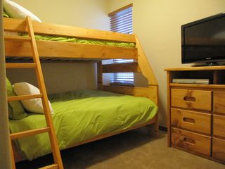 Fraser townhome photo - 2nd bedroom has twin over full bunk beds, 32 inch TV with DVD player