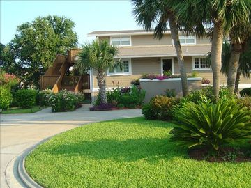 Vacation Homes in Holiday Isle Destin house rental - Welcome to My 6 Bedroom, 5.5 Bath Home on a Salt Water Canal