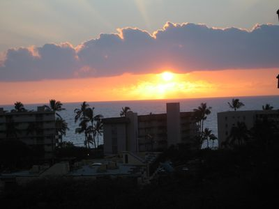 View of sunset from Lanai