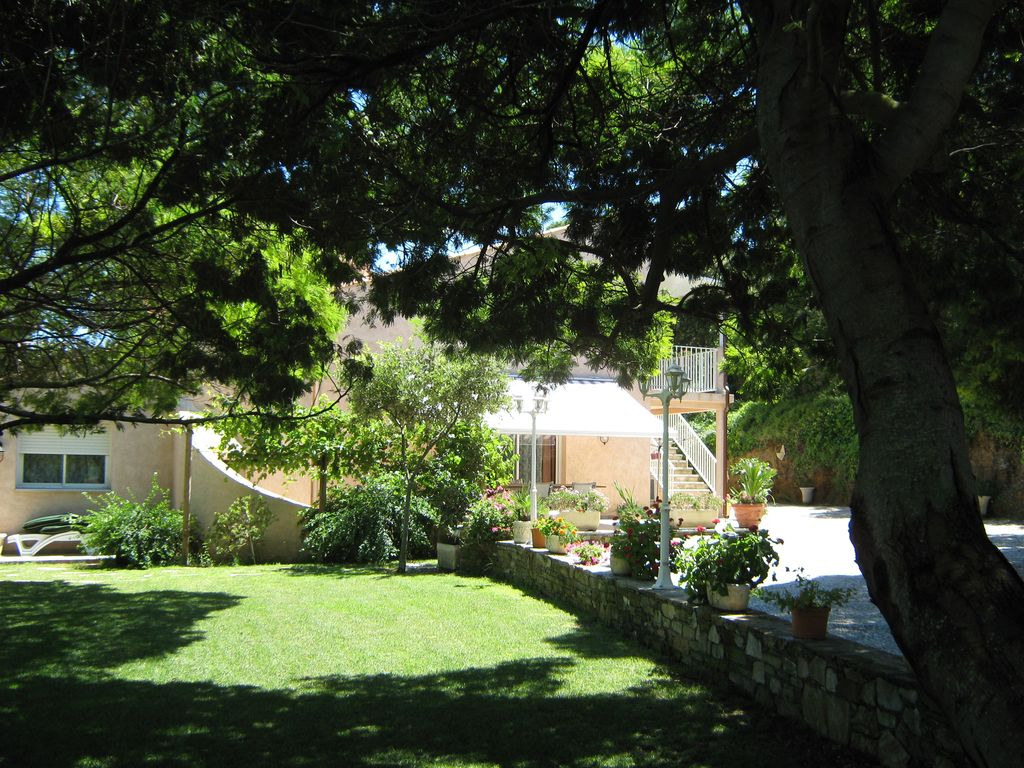 Peaceful house, with terrace , Marine De Luri, Corsica