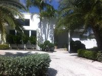 Tropical Paradise With Waterfront Heated Pool Walk To Beach & Las Olas