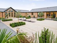 Luxury Private Barn Conversion In Historic Setting With Hot Tub And Games Room