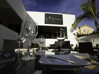 Alegria Restaurant by Apostolis. Onsite with room service.