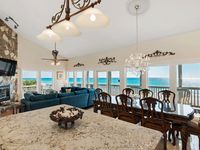 CORNER (END) LUXURY OCEANFRONT CONDO, WRAP-AROUND BALCONY, WESTERN SUNSET VIEWS