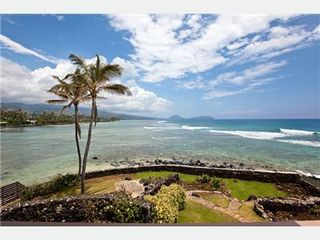 Diamond Head house photo - Spacious Yard and Truly Spectacular Views!!