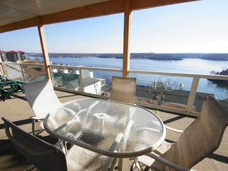 Lake Ozark condo photo - You just can't beat the view!