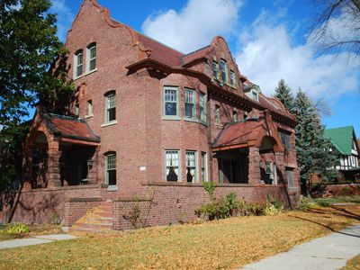 The house was built in 1911 and is located near Bradford Beach & Lake Park.