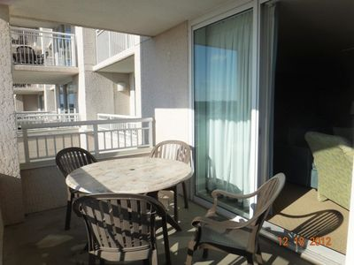 Windy Hill condo rental - Dine out on your Balcony