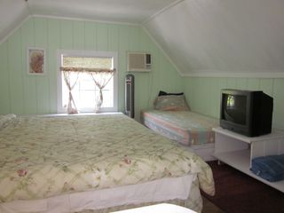 Grand Bahama Island cottage photo - Loft Bedroom