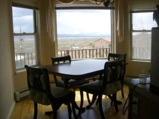 Albuquerque house photo - Dining room seats 6 comfortably with views while dining!