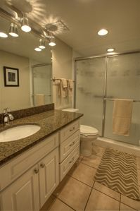 Indian Shores condo rental - Master bathroom