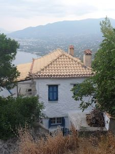 Kalamata house rental - View of house from road above