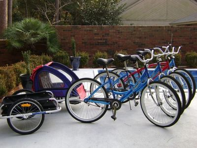 Rentals include use of four adult bikes, double kids trailer, and cargo trailer