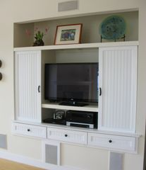 Wellfleet house photo - An HDTV with DVD player and surround sound make evening movies a blast.