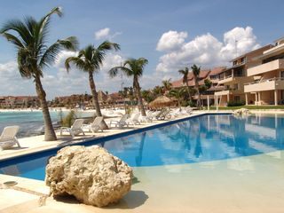 Puerto Aventuras condo photo - Chac-Hal-Al pool - only steps away from the condo
