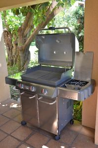 High end Weber barbeque with side burner