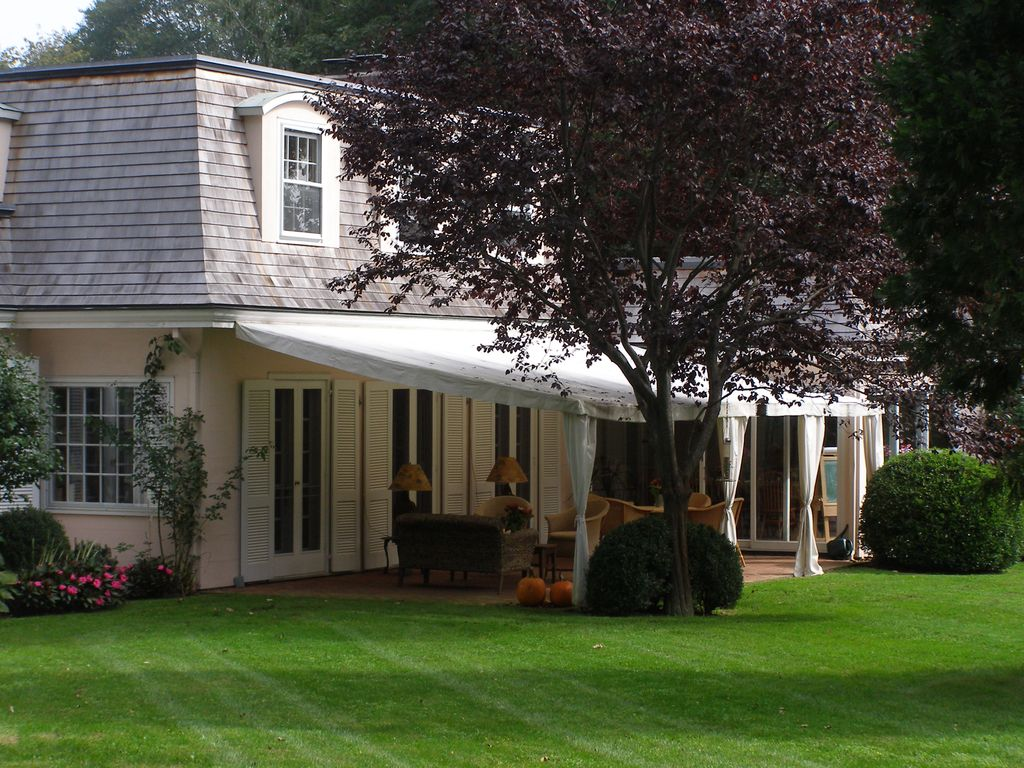 Idyllic in east hampton village homeaway east hampton for East hampton vacation rentals