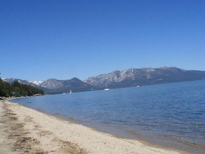 Great long beaches on South Lake Tahoe