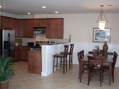 Galveston condo rental - Kitchen and Dining Room