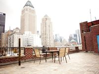 Stunning Rooftop Apartment At Times Square/central - 2bd/2ba