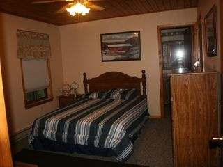 Locust Lake house photo - Master bedroom, entire house new interior paint spring 2011